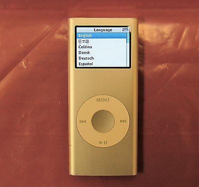 Ipod Nano A1199 2nd Gen 2GB (Silver)