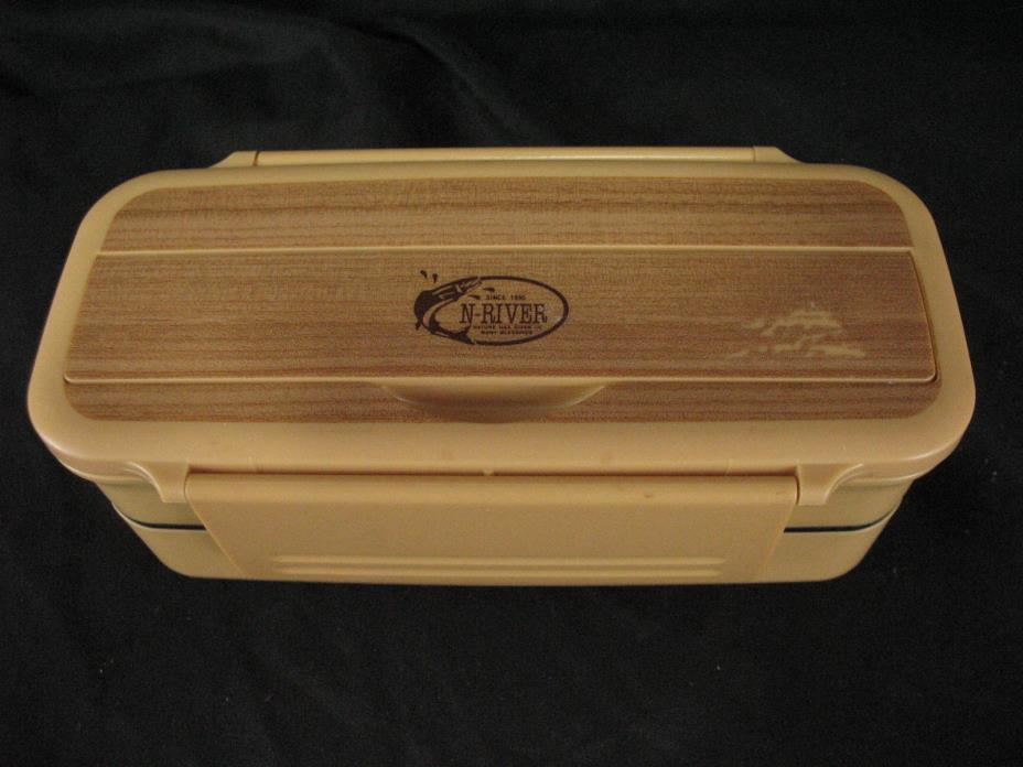 japanese bento lunch box for sale classifieds. Black Bedroom Furniture Sets. Home Design Ideas