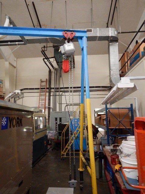 Globe Air Hoist : A frame hoist for sale classifieds