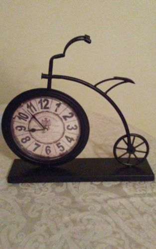 High wheel bicycle desk clock