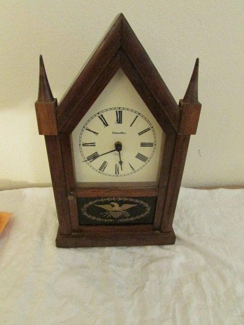 Vintage Ethan Allen Quartz Desk Clock