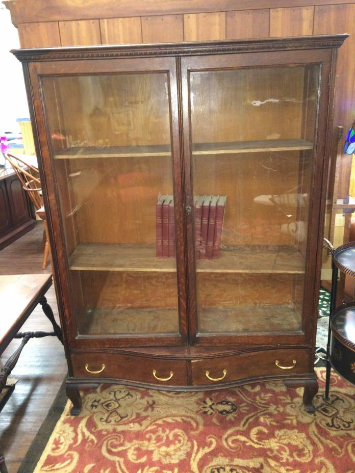 Oak 2 Door Antique Bookcase at The Raleigh Furniture Gallery