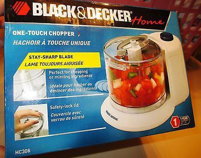 NIB NEW! Black & Decker One Touch Electric Chopper / Mincing ingredients