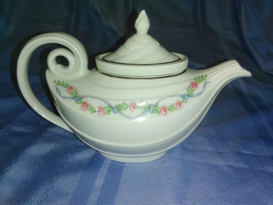 Halls China Aladdin teapot with infuser- Wildfire