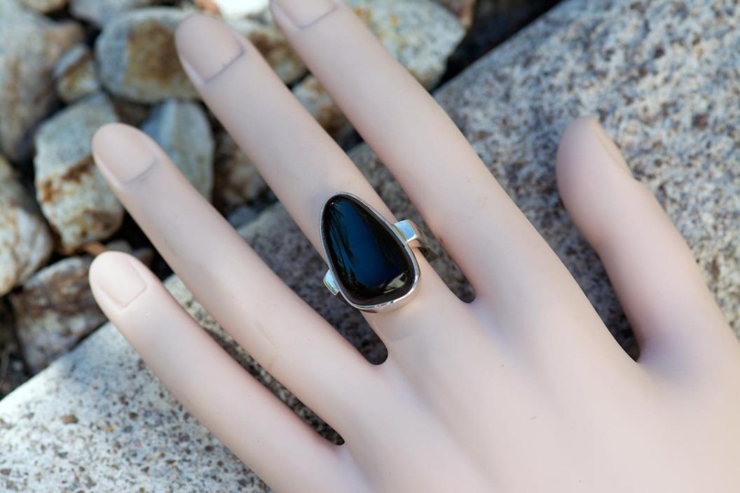 Sterling silver 925 woman ring with Ethiopian fire black opal Cabochon size 7