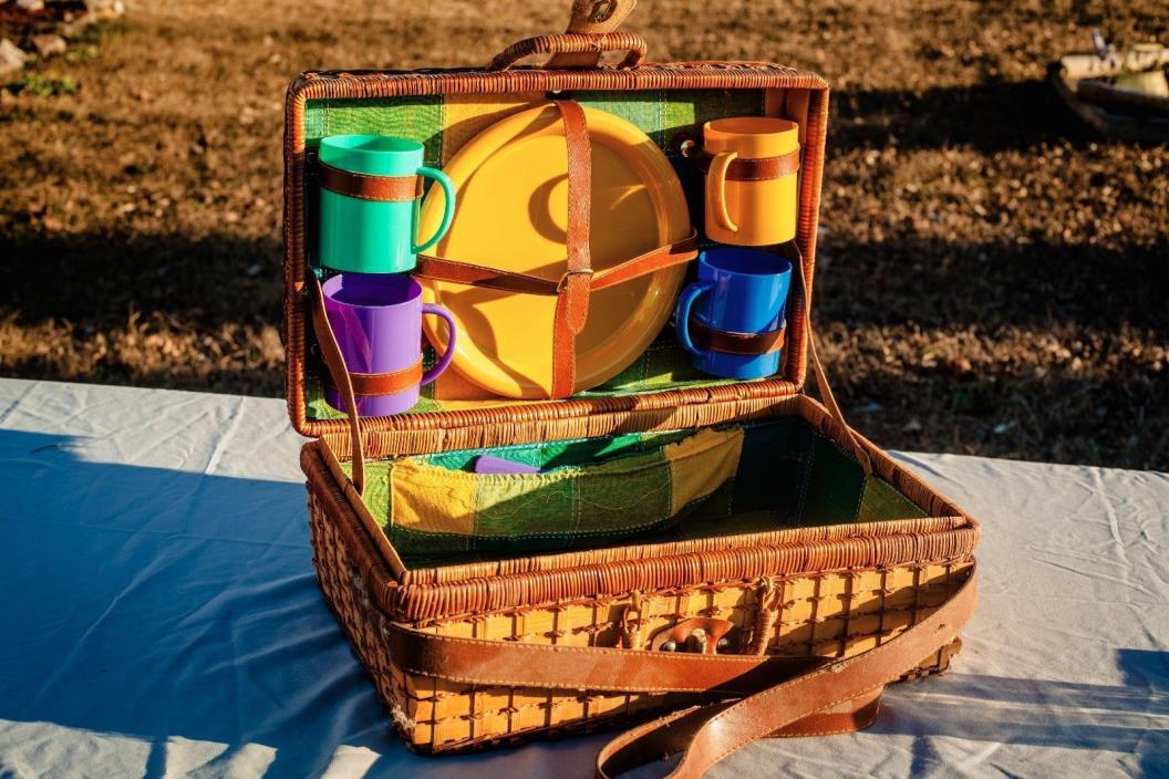 large vintage picnic basket set