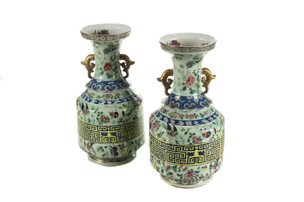 Pair of Antique Chinese Famile Rose 16