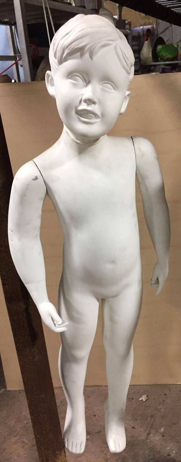 VINTAGE FULL WHITE MANNEQUIN  CHILD YOUTH
