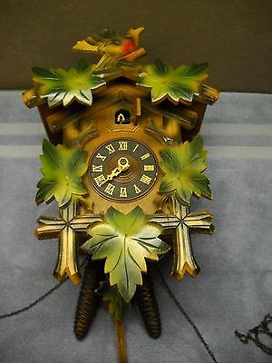 VINTAGE Cuckoo CLOCK Made in GERMANY Leaves RED BIRD Topper SMALL BIRD Opening