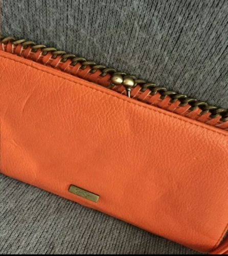 Beautiful Orange Ladies Jessica Simpson Clutch Wristlets Handbag Large Oversized