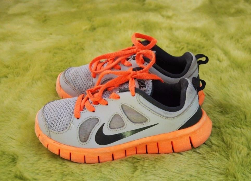 Nike Grey Orange Toddler Boys Shoes size 12.5