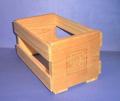NAPA VALLEY WOOD BOX CD STORAGE RACK CRATE Holds 20 CD's