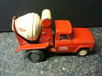 Tonka Toy Cement Mixer Truck