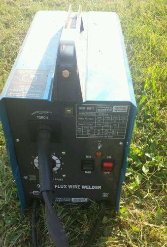 Chicago Electric 90amp Flux wire welder , 120v , 60Hz Excellent Condition