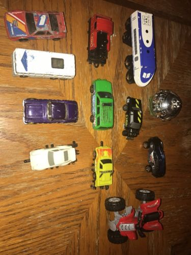 Lot Of 12 Vintage Cars Train Bus 4 Wheeler Toys Hot wheels Matchbox