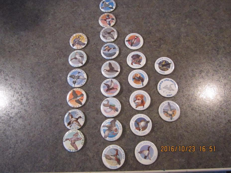 18 Ducks Unlimited Rochester, MN duck pin backs 1974 -1986, 1990, 1993, 1995 Con