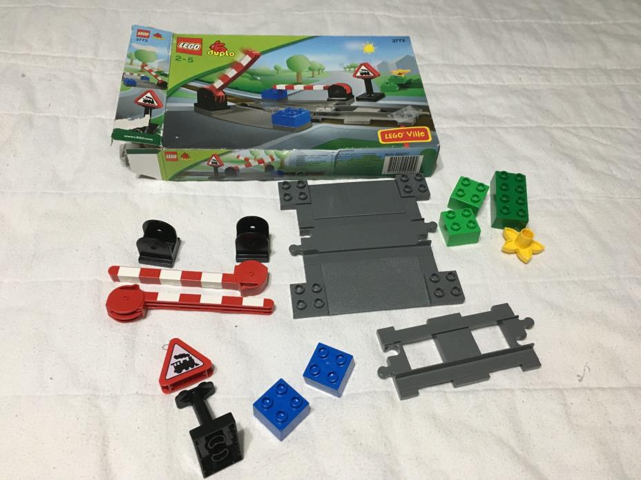 Lego Ville Duplo Legoville Train Crossing Level Track Set 3773