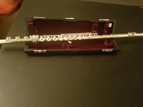 Yamaha Flute - YFL-684