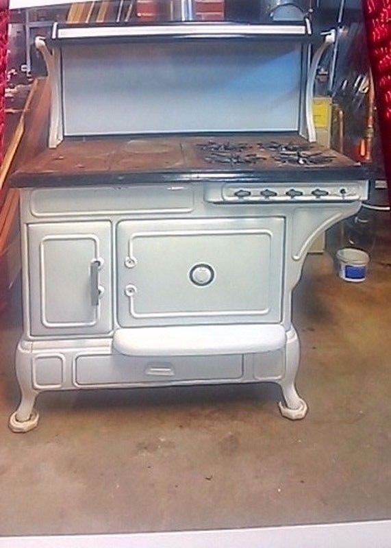 Antique Vintage Cooking Stove