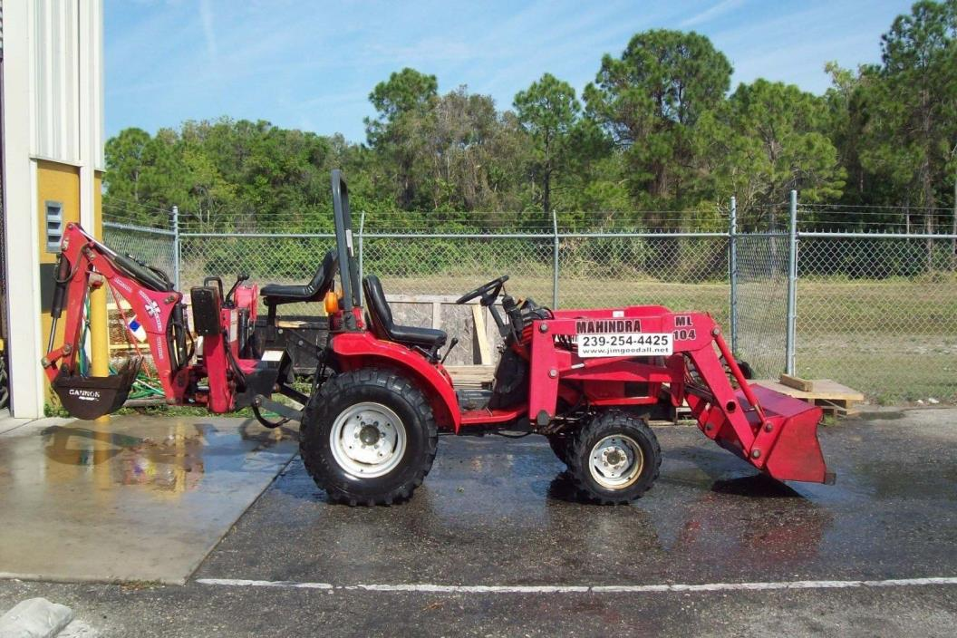 Mahindra Tractor Loader Backhoe,3 Pt Hitch,20HP,One Owner 352 Hrs,4 Wheel Drive