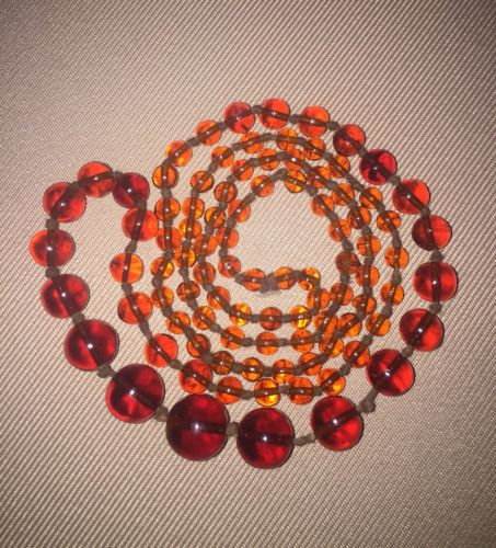 Beautiful Vintage, Natural Honey Amber Graduated Bead Necklace