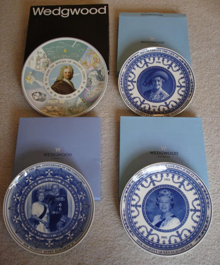 Lot of 4 WEDGWOOD Plates Queen Elizabeth Life Jubilee Coronation Haley's Comet