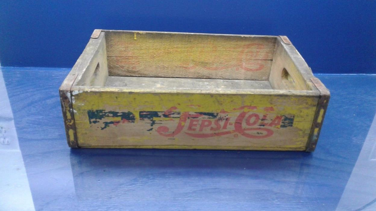VINTAGE PEPSI COLA- 24 BOTTLES WOOD CRATE BOX