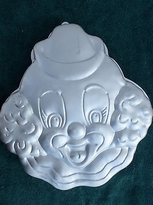 WILTON 1989 CLOWN CAKE PAN