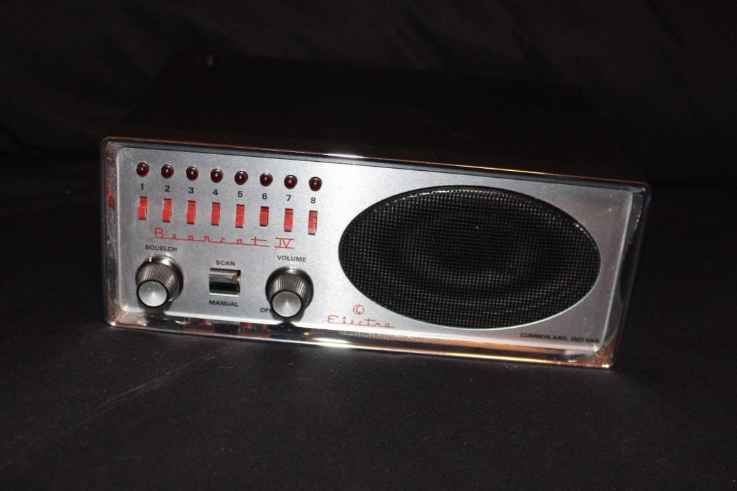 vintage bearcat scanner, radio, cb radio, ham radio,