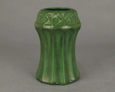 Vintage Arts & Crafts Weller Pottery Matte Green 8