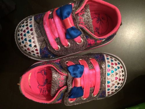 Toddler Girls Size 5 Light Up Twinkle Toes Skechers Tennis Shoes New
