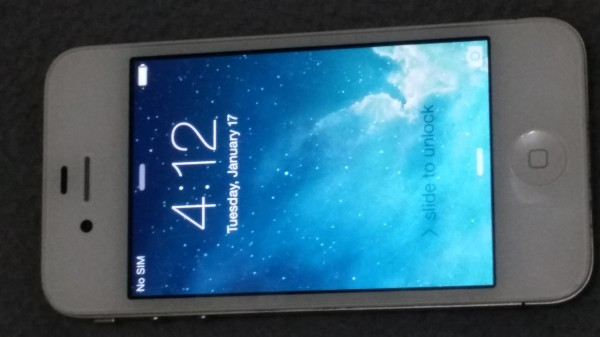 iPhone 4 UNLOCKED & JAILBROKEN iOS 7