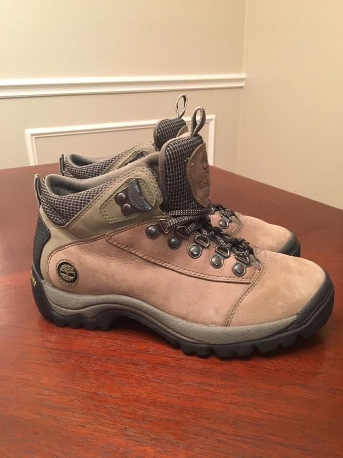 WOMEN'S TIMBERLAND BROWN LEATHER HIKING BOOTS SIZE 7