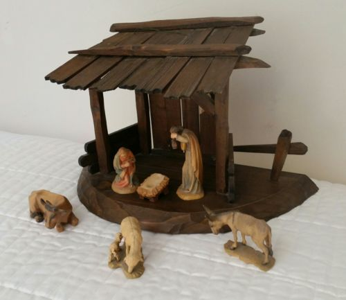VINTAGE ANRI HAND CARVED WOOD NATIVITY SET 7 PCS PLUS