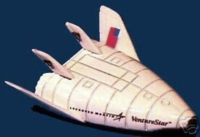 Lockheed Martin Skunk Works X-33 Reusable Space Shuttle Die Cast Spacecraft