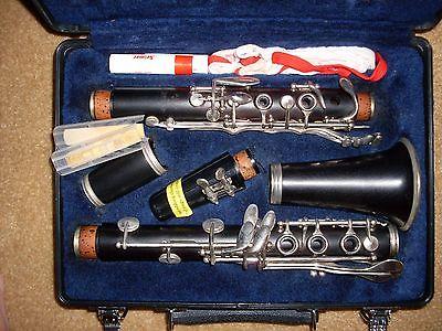 Selmer CL200 Intermediate Bb Wood Clarinet