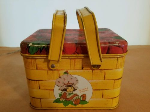 Vintage Strawberry Shortcake Tin Metal Lunch Box