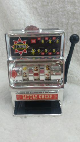 Vintage WACO Little Chief Metal & Plastic Slot Machine Casino Coin Bank Japan