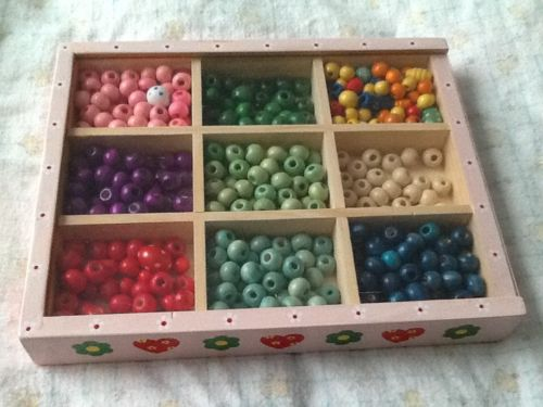 wooden bead set, kids, 300 beads, cased