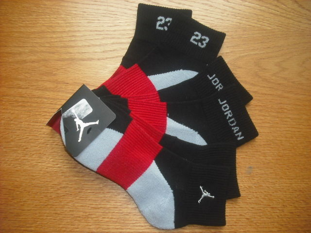 Mens/Teens NWT NIKE Air Jordan Quarter Ankle Socks 3prs Black Silver