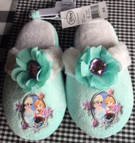 NWT Frozen Disney Slippers Toddler Size 9/10