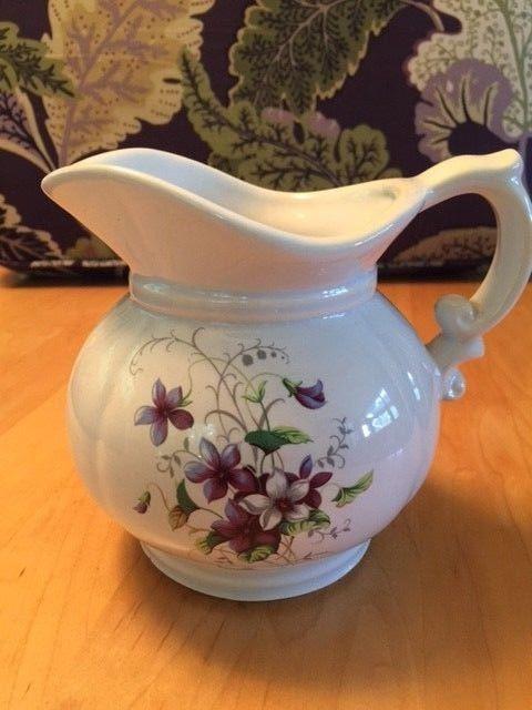 McCoy pottery 5 1/2