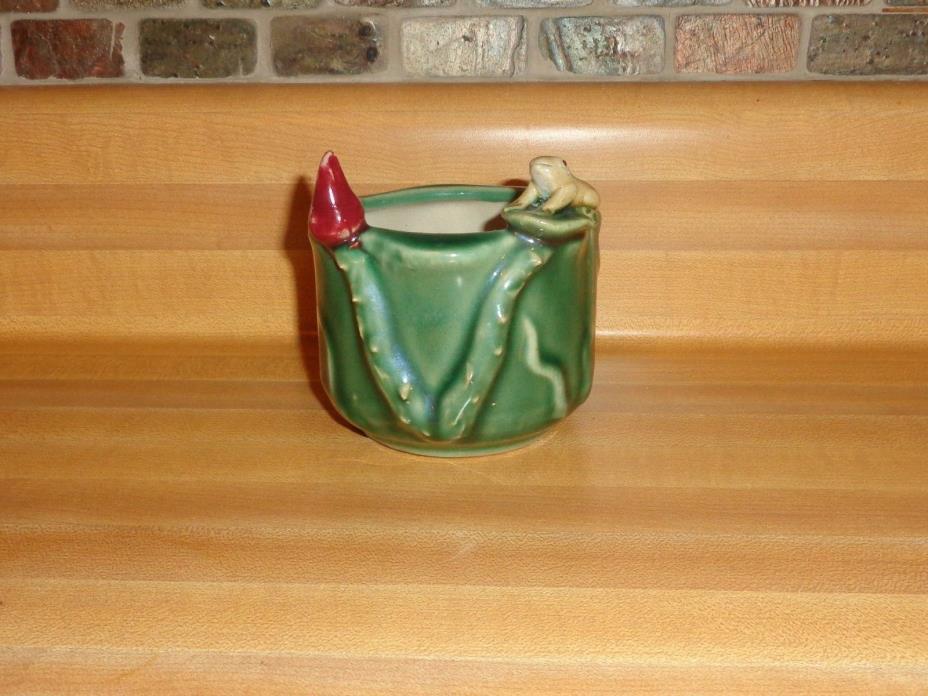 Vintage Art Pottery Majolica style Frog Lilypad Flower Planter Vase