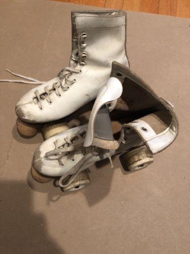 Vintage Pacer Roller Skates