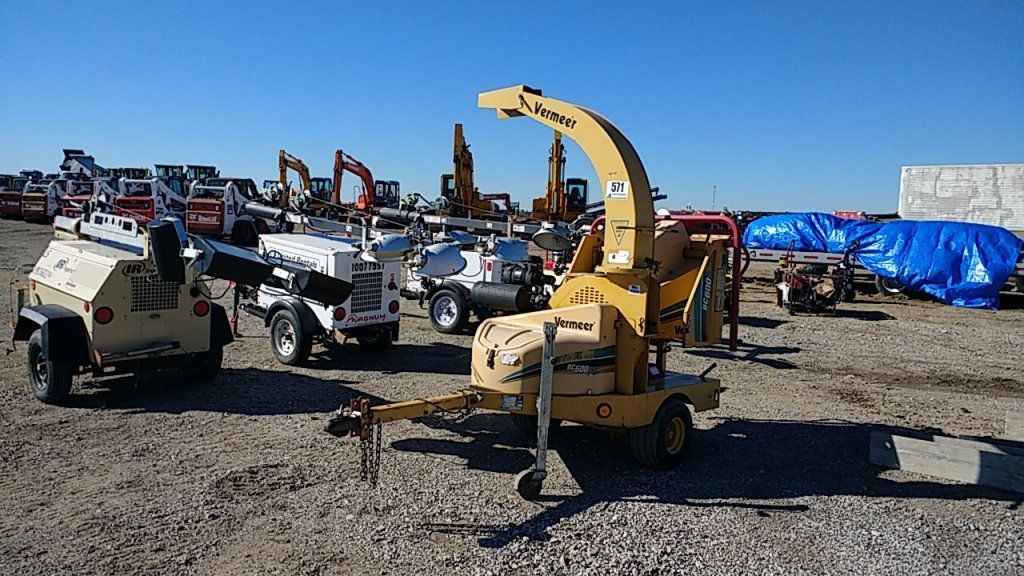 2006 Vermeer BC600XL Wood Chipper Towable only 201 hours!!