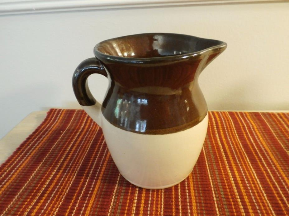 ROSEVILLE RRP Co USA POTTERY PITCHER Beige/Dark Brown 4 3/4