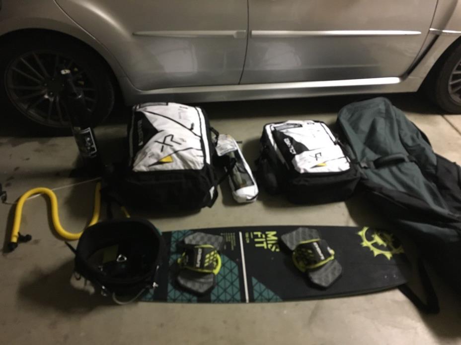 kiteboading gear, kite board, core, xr4, kitesurfing, surfing, slingshot,