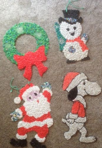 Vtgmelted Popcorn Plastic Christmas Wall Decorations Snoopy Santa Snowman Wreath
