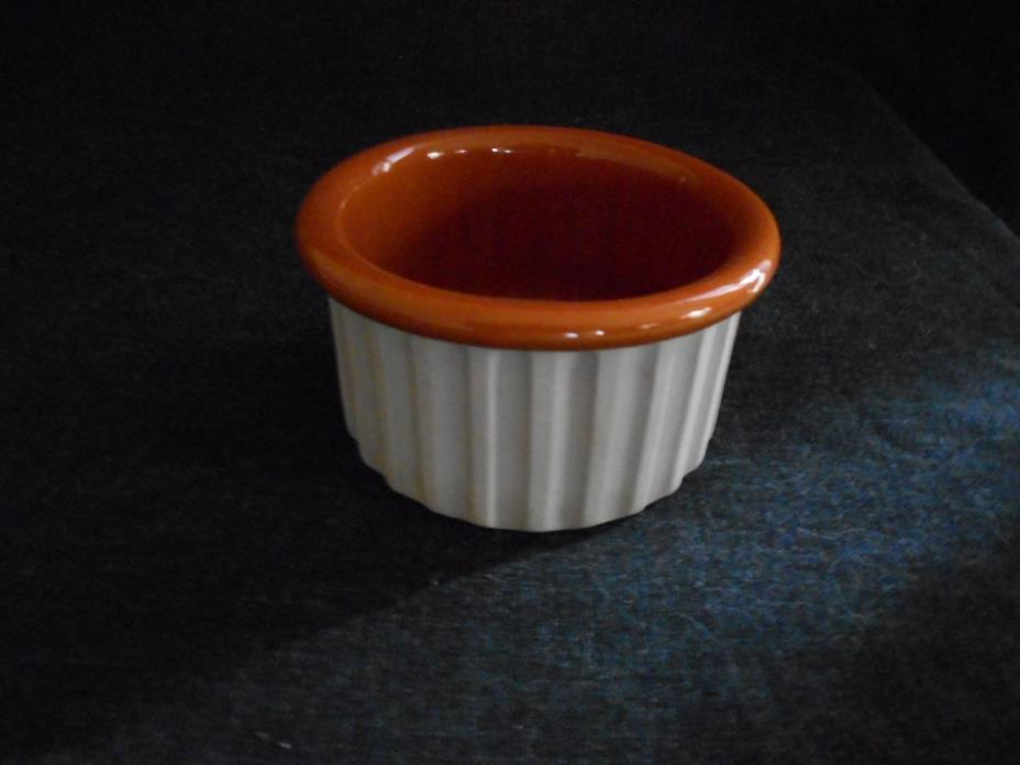 New Bennington Pottery David Gil individual casserolle souffle dish 1884 tan/bro