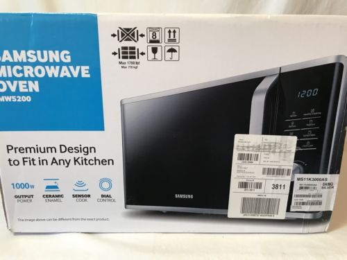 Brand new Silver Samsung Microwave Oven MW5200 1000W Sensor Cook Sealed In box